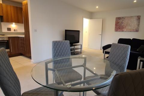 2 bedroom flat to rent - Gweal Avenue, Reading, RG2