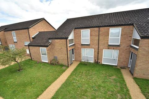 3 bedroom terraced house to rent - Oak Lane, RAF Lakenheath, Brandon, Suffolk, IP27