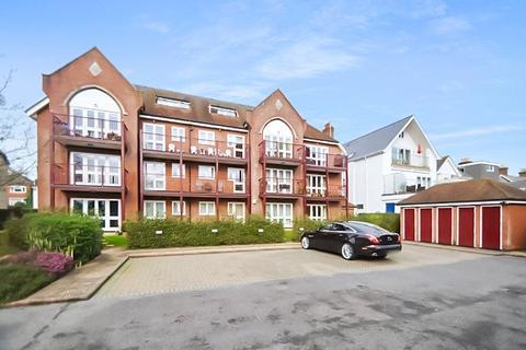 3 bedroom apartment for sale - Parkstone Road, Poole Park, Poole, Dorset, BH15