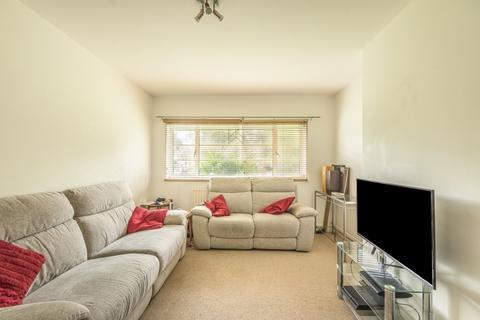 2 bedroom apartment to rent - Popes Avenue Twickenham TW2