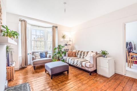 2 bedroom flat for sale - Edgehill House, Loughborough Junction SW9