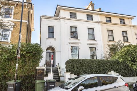 2 bedroom flat for sale - Lewisham Way, Brockley