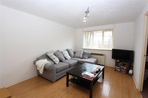 1 bedroom flat to rent - Cherry Blossom Close, Palmers Green, London, N13