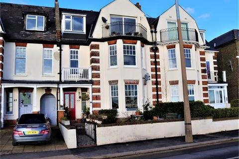 1 bedroom apartment for sale - Grand Parade, Leigh on sea, Leigh on sea, SS9 1DX