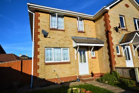 3 bedroom semi-detached house to rent - Old Reservoir Lane, Sandown