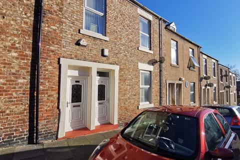 2 bedroom ground floor flat - Vicarage Street, North Shields