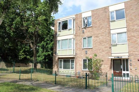 1 bedroom apartment to rent - Bethany Waye, Bedfont