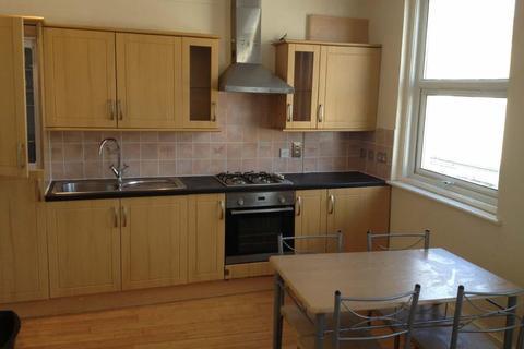 3 bedroom flat to rent - Marylands Road, London
