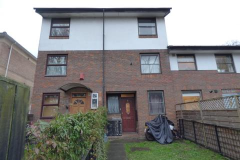 4 bedroom house for sale - Benwick Close, London