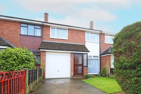 3 bedroom townhouse for sale - Cross Street, Urmston, Manchester, M41
