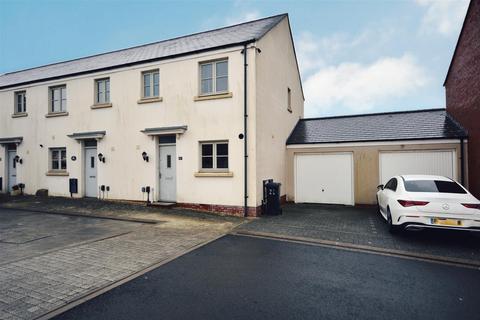3 bedroom terraced house for sale - Lon Y Grug, Llandarcy, Neath