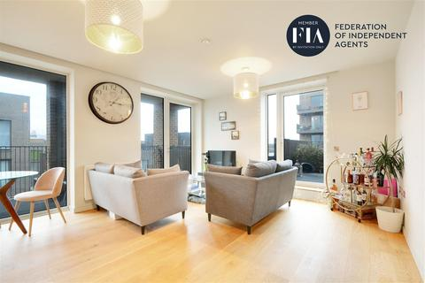 1 bedroom apartment for sale - Isambard Court, Brentford Lock West, Brentford