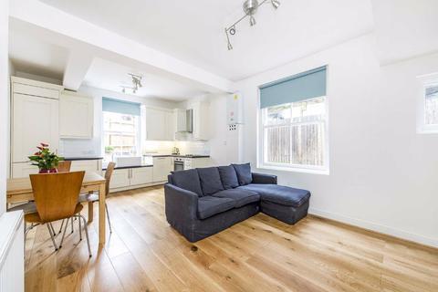 2 bedroom flat - Lyham Road, Clapham, London