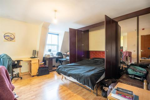 Studio to rent - Flat 10, 2 Moorgate Avenue, Crookesmoor