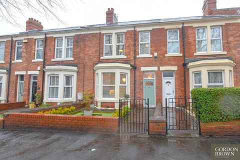 3 bedroom semi-detached house for sale - Dryden Road, Low Fell