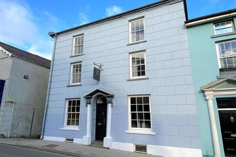 5 bedroom end of terrace house for sale - 3 Main Street, Fishguard