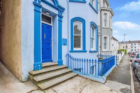 2 bedroom flat for sale - Chestnut Flats, Sutton Street, Tenby