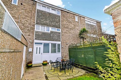 4 bedroom terraced house for sale - Perran Close, HULL, HU7