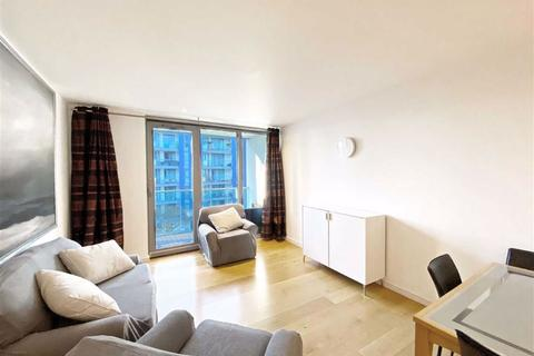 3 bedroom flat to rent - Coptain House, Eastfields Avenue, Wandsworth, SW18