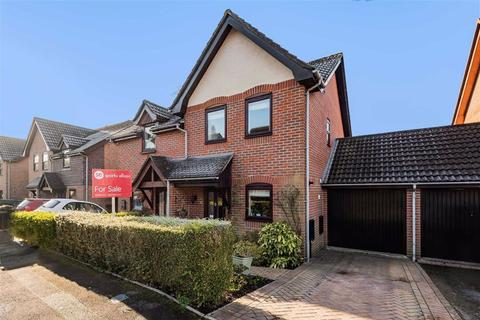 2 bedroom semi-detached house for sale - Coach Hill Close, South Millers Dale, Chandlers Ford, Hampshire
