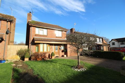 3 bedroom detached house for sale - Provis Mead, Chippenham