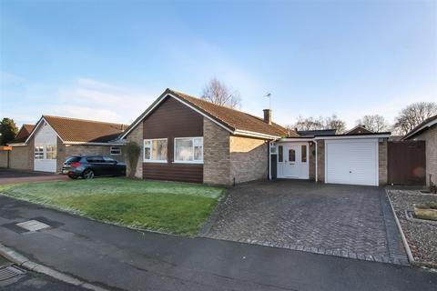 3 bedroom detached bungalow for sale - Friars Pardon, Hurworth, Darlington
