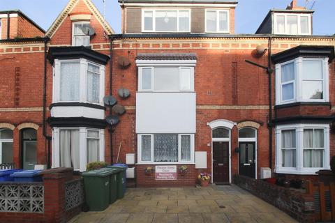 1 bedroom flat for sale - Horsforth Avenue, Bridlington