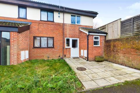 2 bedroom end of terrace house to rent - August End, Reading, RG30