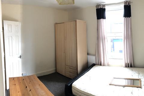 4 bedroom terraced house to rent - Barber Road, Crookesmoor, Sheffield S10