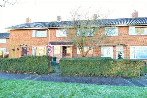 3 bedroom terraced house for sale - Ashdown Drive, Crawley, West Sussex. RH10 5HB