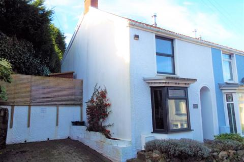 2 bedroom end of terrace house for sale - 12 thistleboon Road, Mumbles, Swansea