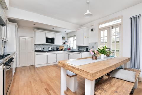 2 bedroom flat to rent - Emmanuel Road Balham SW12