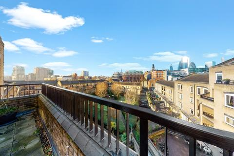 3 bedroom penthouse - Hooper Street, E1