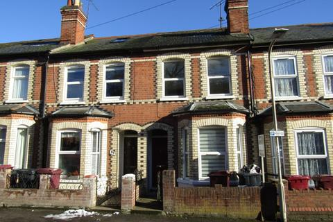 3 bedroom terraced house to rent - Field Road, Reading, Reading, RG1 6AP