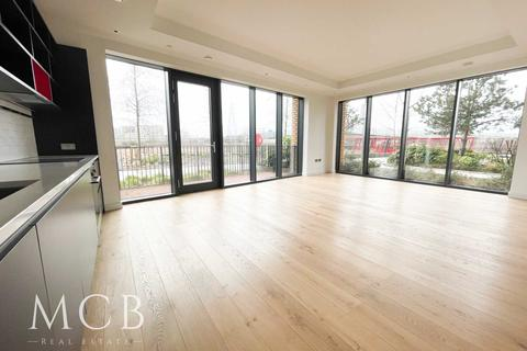 3 bedroom apartment for sale - London City Island, Lookout Lane, London, 0SX