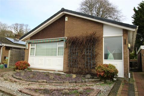 2 bedroom detached bungalow for sale - Manning Avenue, Christchurch, BH23