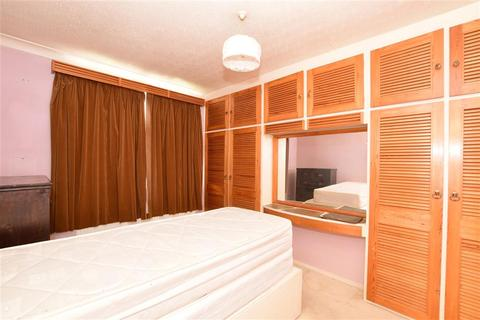 3 bedroom end of terrace house for sale - Jarrow Road, Chadwell Heath, Essex