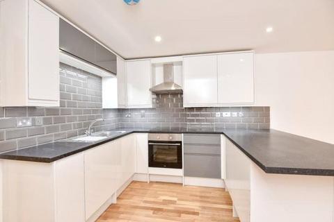 2 bedroom apartment to rent - Rye Lane, Peckham, SE15