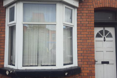 3 bedroom terraced house to rent - Dunstable street, Manchester M19