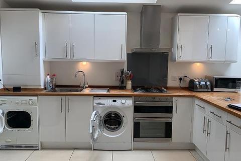 2 bedroom apartment to rent - 2 bedroom Ground Floor Apartment in Putney