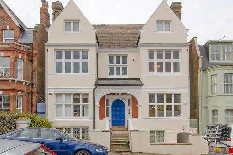 2 bedroom apartment for sale - Claremont Road, Highgate, London, N6