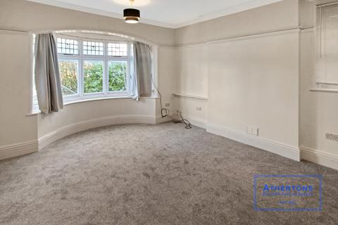 2 bedroom apartment to rent - Penn Hill Avenue, Poole. BH14