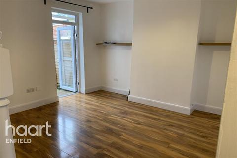 3 bedroom terraced house to rent - Clive Road, EN1