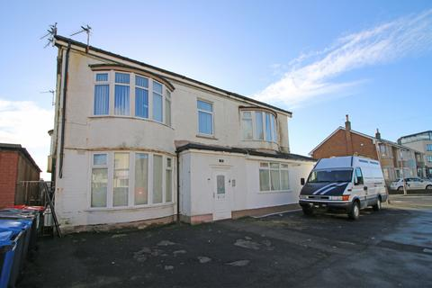 1 bedroom apartment for sale - Beach Road,  Thornton-Cleveleys, FY5