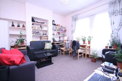 1 bedroom flat to rent - 18 Ravenstone Road, Turnpike Lane