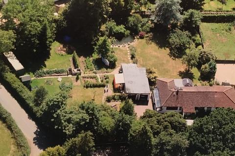 4 bedroom detached house for sale - FURZELEY CORNER, DENMEAD