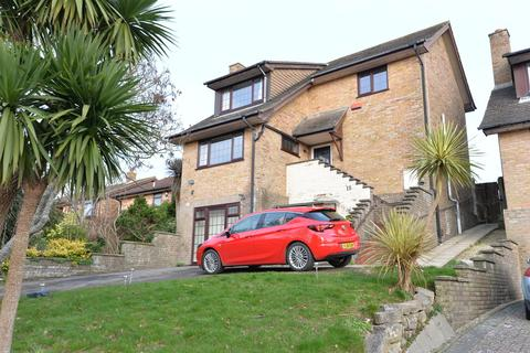 6 bedroom detached house for sale - Bowland Rise, New Milton