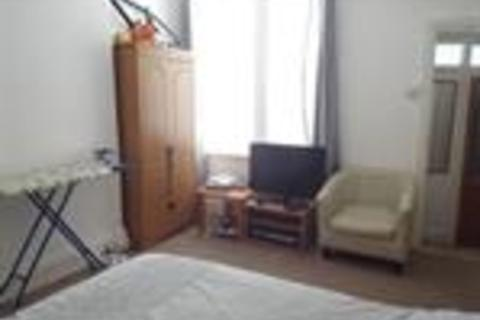 1 bedroom flat to rent - 37 Ocean View - Flat #2