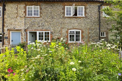 3 bedroom cottage for sale - Main Road, Sidestrand