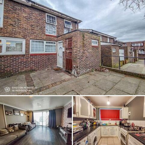 4 bedroom terraced house for sale - Swetenham Walk, Plumstead